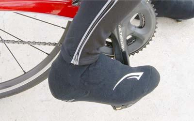 ロードバイクの冬用シューズカバーはフットマックスがコスパ高い件