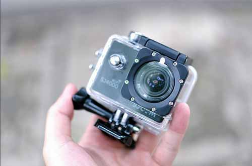 スポーツカメラGoProのパクリ!偽物SJ4000が香港から到着した件