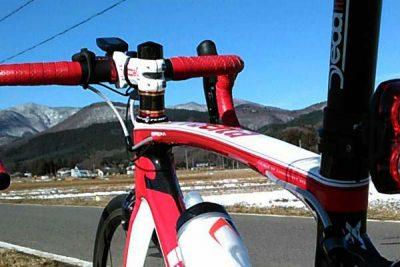 おたふく手袋の防寒インナーソックスは冬のロードバイクで使える?気温0℃で試した