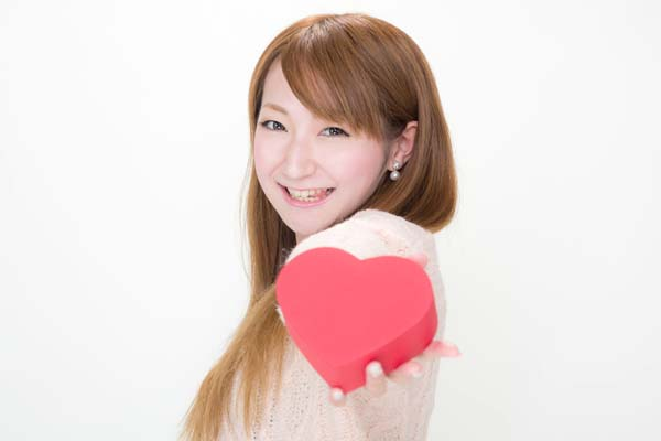 【悲報】ワイ用のバレンタインギフト、相変わらず虫的なものだった件