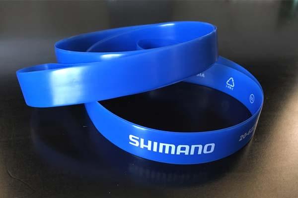くっそ硬いシマノのリムテープをちょっとだけハメやすくするコツ